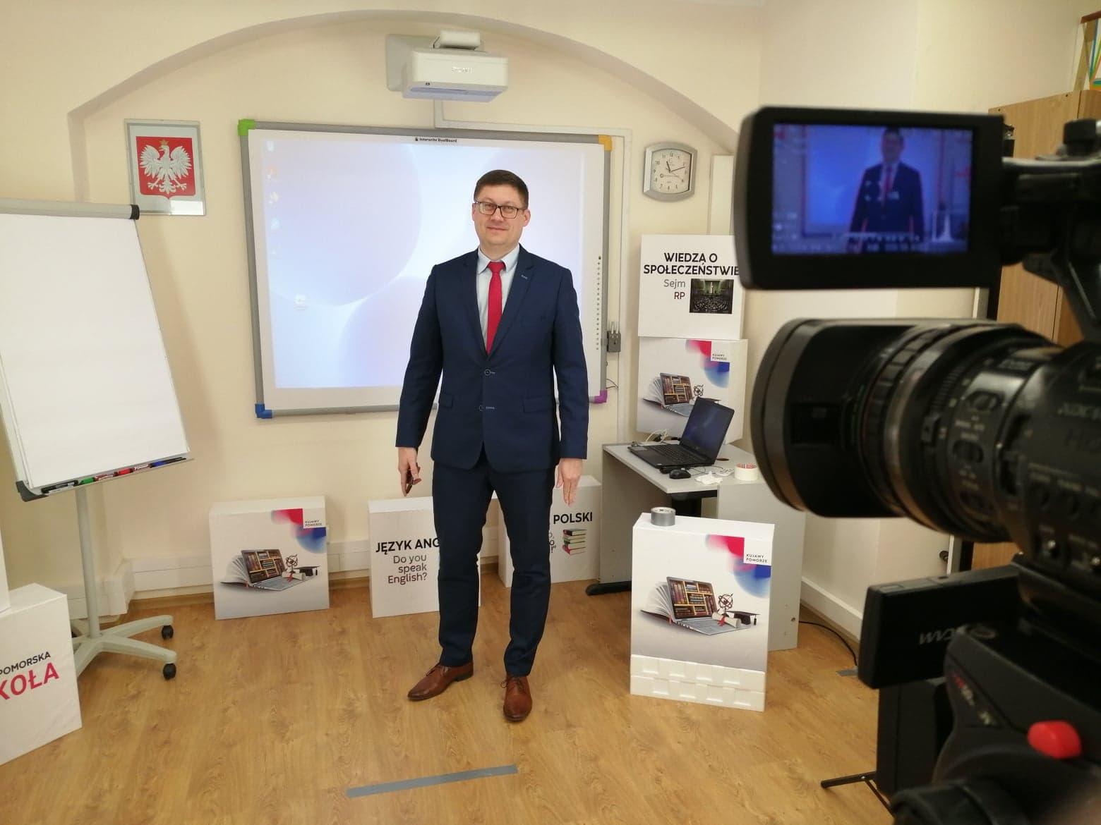 Kujawsko-Pomorska e-Szkoła – pytania i refleksje
